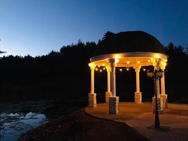 kupolas vestuviu ceremonijai moletu rajone vila santa barbara nuoma poilsis kaimo turizmo sodyba