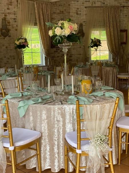 Vestuviu sale Jusu sventei pagal pasirinkta spalva, atspalvi ir dekoravima, sodyba Jusu sventei, pobuviui, vila, moletai, sodyba, vestuves, sventes, santabarbara,